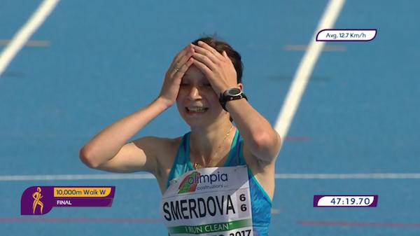 Смердова— чемпионка юниорскогоЧЕ вспортивной ходьбе на10 000м